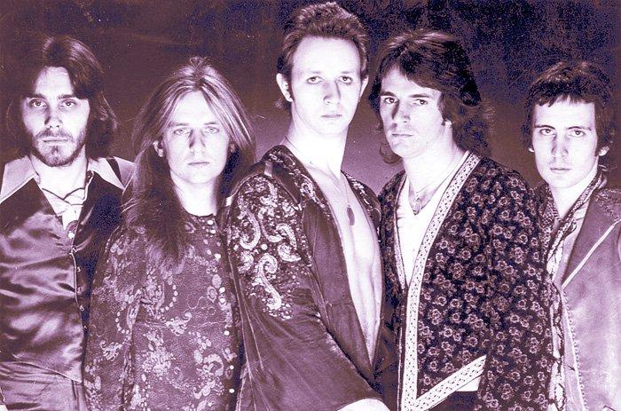 Circa 1976. Fuckin hippies!